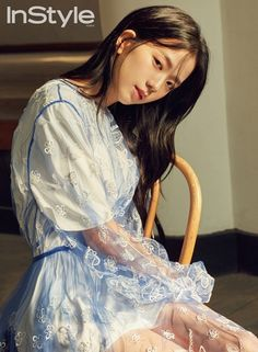 All About Kim Jisoo BLACKPINK Definition of perfection Fakta-fakta ra… # Acak # amreading # books # wattpad Instyle Magazine, Maxim Magazine, Blackpink Jisoo, Kpop Girl Groups, Korean Girl Groups, Kpop Girls, Yg Entertainment, Forever Young, Blackpink Wallpaper