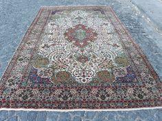Large Rugs, Small Rugs, Etsy Vintage, Vintage Rugs, Boho Decor, Bohemian Rug, Pink Rug, Handmade Rugs, Oriental Rug