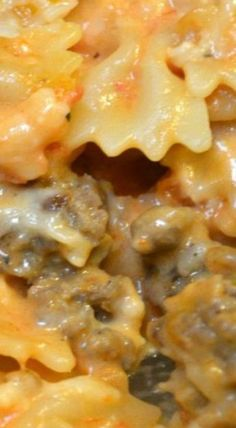 Two Timin' Pasta - 4 Sons 'R' Us - - A saucy dish, this pasta casserole is tossed with a mixture of sauces and studded with Italian sausage for a filling dinner in a single dish. Sausage Recipes, Pork Recipes, Pasta Recipes, Cooking Recipes, Hamburger Recipes, Cooking Fish, Amish Recipes, Cooking Salmon, Spaghetti Recipes