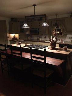 Primitive Kitchen, Country Primitive, Colonial Kitchen, Kitchen Dining, Dining Rooms, Country Kitchens, Farmhouse Kitchens, Beautiful Kitchens, Farmhouse Table