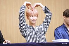 [Picture/Fansitesnap] BTS 'LOVE YOURSELF 承 Her' Fansign( Aladin Event) [170922]