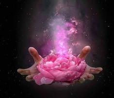 Vous Tendance du jour : la purification L'origine de certaines de vos émotions ou pulsions remonte à votre enfance. Elles sont acquises et non innées. Elles sont donc transmuables. Ces conditionnements que vous avez absorbés sont devenus vos points d'appui,...