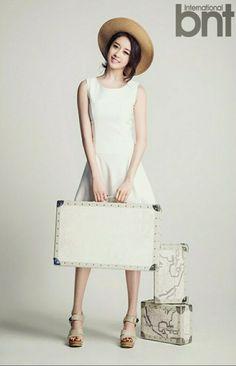 Beautiful Korean Artists Jiyeon - bnt International May 2014