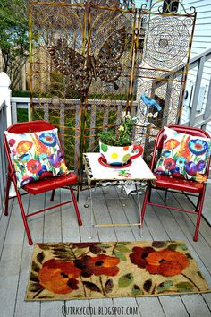 Creating an Outdoor Space With Recycled Items