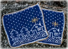 Ravelry: Grytekluter - Advent // Christmas Potholders pattern by Cecilie Kaurin and Linn Bryhn Jacobsen Potholder Patterns, Dishcloth Knitting Patterns, Crochet Potholders, Knitting Charts, Free Knitting, Baby Knitting, Christmas Yarn, Christmas Knitting, Christmas Crafts