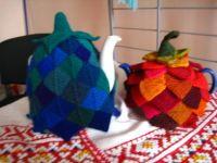 Gallery.ru / Грелки на чайник в технике вязаного пэчворка - Мои работы,пэчворк - Jollga