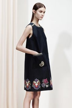 Suno Resort 2016 Collection Photos - Vogue