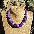 collier violet parme