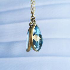 Double aquamarine navette pendant by Lola Brooks. #18k #aquamarine #navettes #lolabrooks #jewellery #finejewelry #futureheirlooms #lovegold #augustla