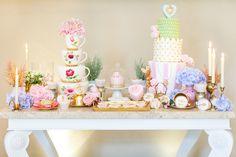 amazing dessert table Tea Party Theme, Tea Party Wedding, Star Wedding, Mod Wedding, Wedding Cupcakes, Wedding Shoot, Wedding Day, Wedding Bells, Bridal Shower Table Decorations