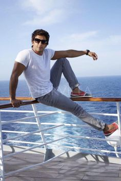 Ranveer Singh in Dil Dhadakne Do Deepika Ranveer, Deepika Padukone, Bollywood Celebrities, Bollywood Actress, Ranveer Singh Hairstyle, Hottest Guy Ever, Portrait Photography Men, Male Poses, Bollywood Stars