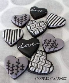 Find best ideas / inspiration for Valentine's day cookies. Get the best Heart shaped Sugar cookies for Valentine's day & royal icing decorating ideas here. Valentine's Day Sugar Cookies, Fancy Cookies, Heart Cookies, Iced Cookies, Cute Cookies, Royal Icing Cookies, Cupcake Cookies, Cupcakes, Summer Cookies