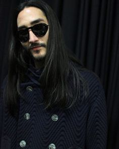 """Backstage at Giorgio Armani. Dark winter collection 15/16 #giorgioarmani #armani #fashionweek #aw16 #milano #mfw #runway #malemodel #asian #longhair…"""