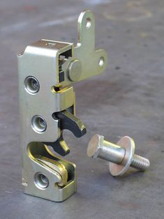 Installing Bear Claw Latches - Rod and Custom Magazine - Hot Rod Subaru Outback Offroad, Jeep Cj6, Nissan 4x4, Hidden House, Front Gate Design, Best Trailers, Gate Latch, Jeep Parts, Bear Claws