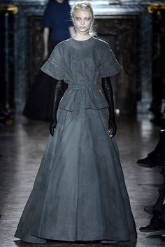 Gareth Pugh - Fall 2013 Ready-to-Wear