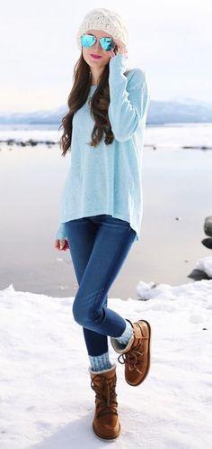 winter fashion blue knit skinny jeans