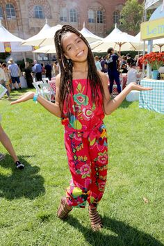 All grown up so cutem lol subscribe to her YouTube  Http/Youtube/Asia monet ray   Love u guys hope for the best