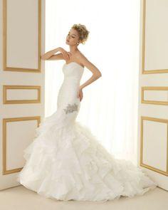 165 TITANIC / Wedding Dresses / 2013 Collection / Luna Novias