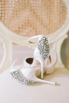 Looking to add a little extra sparkle to your Big Day look? Check out these 15 incredibly beautiful ideas...