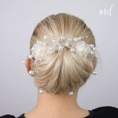 3 Quick & easy updo hairstyles - 3 Quick & easy updo hairstyles You are in the right place about healthy dinner recipes Here we offe - Bun Hairstyles For Long Hair, Braided Hairstyles, Hairstyle Men, Style Hairstyle, Hairstyles 2018, Female Hairstyles, Ribbon Hairstyle, Wedding Hairstyle, Medium Hair Styles