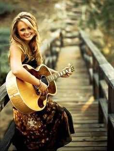 My favorite female country artist!