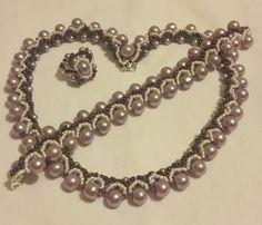 Lila nyaklánc, karkötő, gyűrű