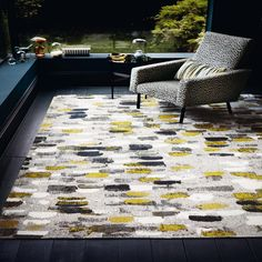 Romo Murano Sunflower Rug A painterly brushstroke design with textural layers of colour innovatively interpreted as a charming chenille flat weave rug. Teal Carpet, Dark Carpet, Patterned Carpet, Modern Carpet, Modern Rugs, Carpet Colors, Romo Fabrics, Carpets Online, Villa