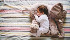 Estas son las razones por las que tu bebé no duerme durante toda la noche | Upsocl