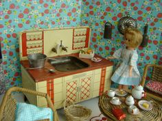 RETRO KITCHEN WITH 1950'S METAL SINK DETAILS OF EACH ITEM:    Kitchen Sink: A 1950-1960's metal sink in good vintage condition, with the