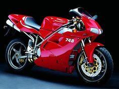 #Ducati 748 http://on.fb.me/1ficKIb