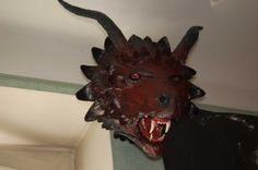 Dragon en papier maché
