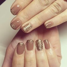 Nude Nails With Glitter, Glitter Nail Art, Cute Gel Nails, Star Nails, Acrylic Nail Art, Ring Finger, How To Do Nails, Communion, Glitters