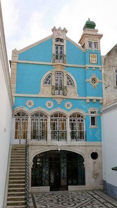 MUSEO MODERNISTA DE AVEIRO. Rua Dr. Barbosa Magalhàes, 9-10-11 Aveiro (Portugal). Silva Rocha y Ernesto Korrodi