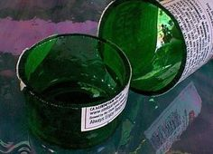Using a wet tile saw to cut glass bottles: No wires, no candles or flame, no torches or shattered glass. Cutting Glass Bottles, Glass Jars, Glass Containers, Wine Bottle Corks, Wine Bottle Crafts, Bottle Cutter, Bottles And Jars, Cut Bottles, Recycle Bottles