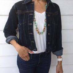 Harold's cropped denim jacket Dark wash denim jacket. Dress this up or down! Looks great with so many outfits and looks brand new✨ Harold's Jackets & Coats Jean Jackets