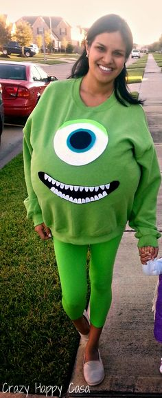 Crazy Happy Casa: Mike W costume. Just get a big sweatshirt, put a pillow inside and print or sew the eye and mouth. So easy!!