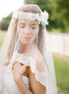 beautiful drop veil | Leslie Hollingsworth #wedding