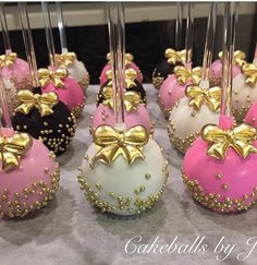 20 New Ideas For Cake Pops Strawberry Dessert Recipes Paletas Chocolate, Chocolate Covered Strawberries, Chocolate Desserts, Elegant Cake Pops, Elegant Cakes, Baby Shower Cake Pops, Baby Shower Desserts, Chocolate Dorado, Gourmet Candy Apples