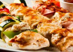 Brochettes de poulet à la bière et au miel, une marinade qui risque fort bien de déclasser toutes les autres!