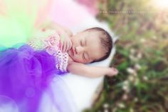 #Newborn #photography by Courtney Bodiford #Floraluna Photography, The Woodlands, TX