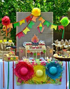 Brazilian Festa Junina Party Ideas - get inspired with this adorable festa junina themed family party with lots of DIY decorations, party printables, food and party favors to inspire your June celebrations! Rio Party, Fiesta Party, Party Fun, June Celebrations, Brazil Party, Hawaian Party, Fruit Of The Spirit, Mexican Party, Thinking Day