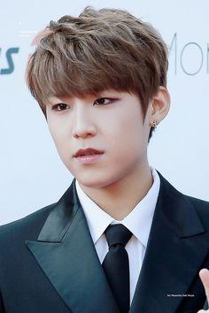 Wanna-One - Park Woojin Jin, Produce 101 Season 2, Kim Jaehwan, Ha Sungwoon, Ji Sung, Seong, Minhyuk, South Korean Boy Band, New Music