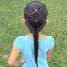 "✨""No te limites a ser bueno para otros. Lil Girl Hairstyles, Pretty Hairstyles, Braided Hairstyles, Wedge Hairstyles, Girl Hair Dos, Natural Hair Styles, Long Hair Styles, Toddler Hair, Hair Designs"