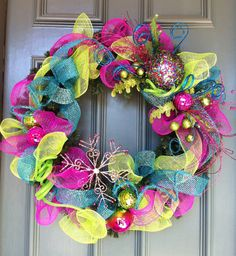 Christmas deco mesh wreath inspiration. This goes with my Christmas color scheme.