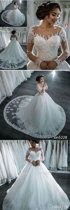 Vintage Long Sleeve Wedding Dress,See Through Wedding Dress,Sexy Juste waouw , mais le blanc n'est pas assez blanc mais en fait c'est la robe que je préfère
