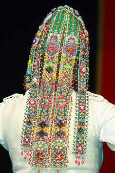 Traditional ornamental beadwork from Bratina, a village in Croatia World Thinking Day, Beauty Around The World, Ethnic Outfits, Mommy Style, Folk Costume, Ethnic Jewelry, World Cultures, Cool Costumes, Traditional Dresses