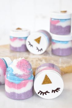 Make Your Own Unicorn Sugar Scrubs - A Beautiful Mess DIY Homemade Unicorn Sugar Scrub Sugar Scrub Recipe, Sugar Scrub Diy, Diy Scrub, Sugar Scrubs, Homemade Scrub, Diy Face Scrub, Wine Bottle Crafts, Mason Jar Crafts, Mason Jar Diy