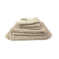 The Nori Waffle Weave Towel has a soft, waffle-like texture that is ultra-lightweight, highly absorbent, and fast drying. Its soothing neutral hue means it's versatile enough to use in the guest bath o...  Find the Nori Waffle Weave Towel in Beige, as seen in the Timeless Vintage Bath Collection at http://dotandbo.com/collections/timeless-vintage-bath?utm_source=pinterest&utm_medium=organic&db_sku=MHT0007XL-crm