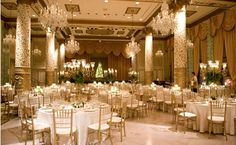 pleasee white and gold wedding. this is perfect and so so so elegant