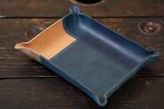 Bac fourre-tout en cuir attraper tout en cuir bleu plateau